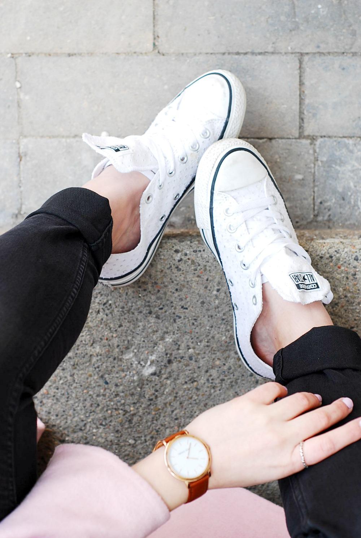 lace converse white