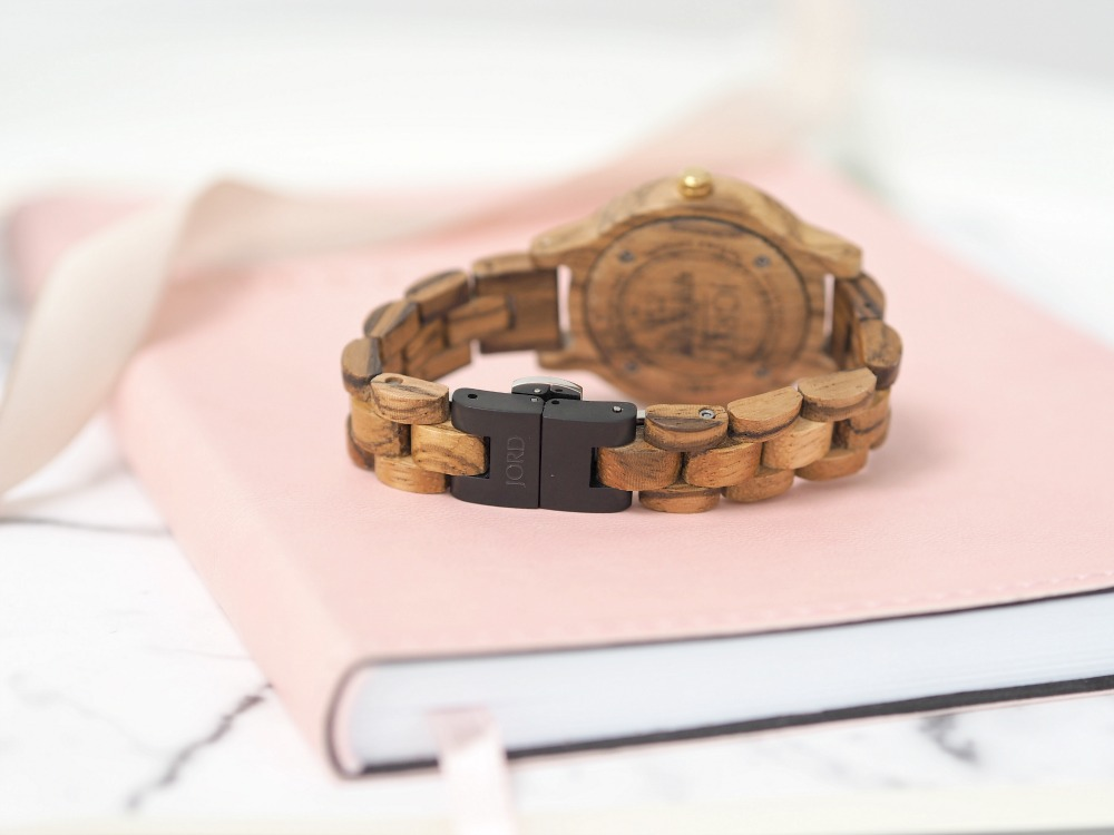 JORD Frankie 35 Zebrawood Champagne Watch Review